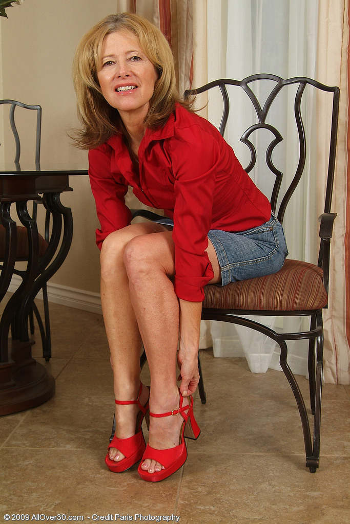 Smoking Hot 57 Year Old Janet L Poses with Her Soles for the Camera