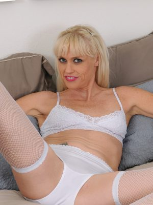 Angelique H  Hot in White