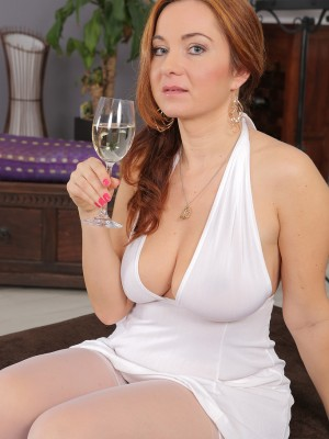 45 year old chubby wife michelle gets the bbc sex party she was wishing for 8